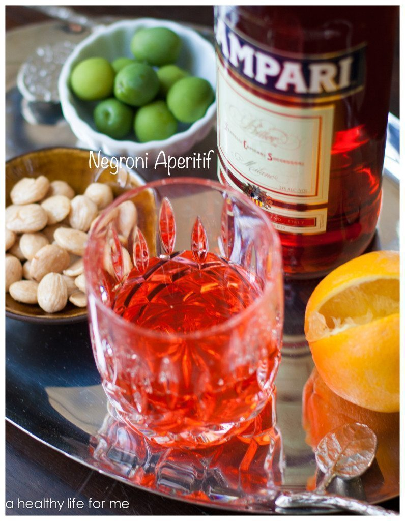 Negroni aperitif for Cocktail apero